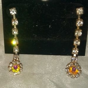 Rhinestone dangel earrings